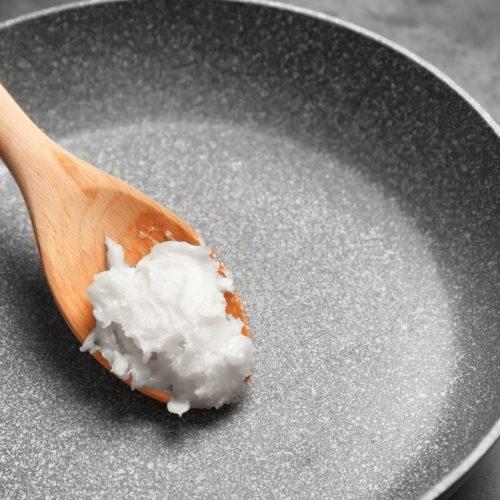 Olej kokosowy do smażenia – Czy na oleju kokosowym można smażyć?