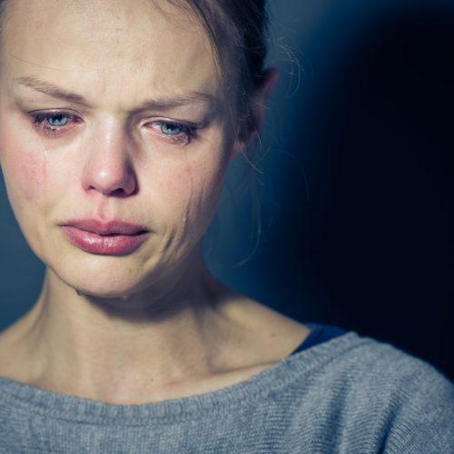 Nerwica depresyjna a depresja nerwicowa – poznaj różnice