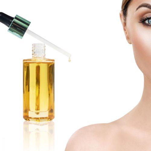 Olej konopny w kosmetyce – błyszczące włosy i gładka, nawilżona skóra